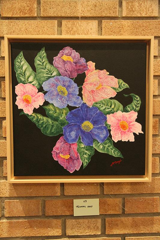83-Floral uno
